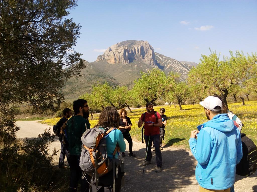 Actividad de senderismo interpretativo con Pablo Valles en el Reino de los Mallos